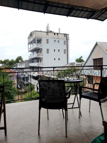 Квартира 5-комн,  150 м²,  3/5 эт.   посуточно