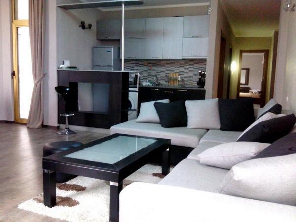 Квартира 3-комн,  105 м²,  9/25 эт.   посуточно