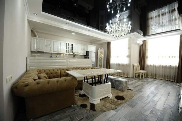Квартира 3-комн,  75 м²,  2/19 эт.   посуточно